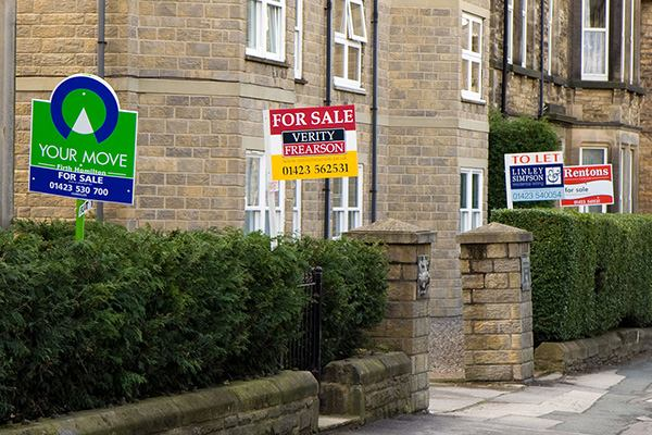 Houses and 'To Let' signs